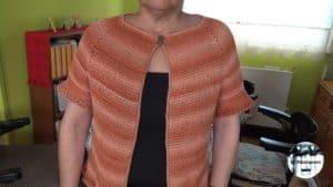 Chaqueta ranglan en crochet tunecino